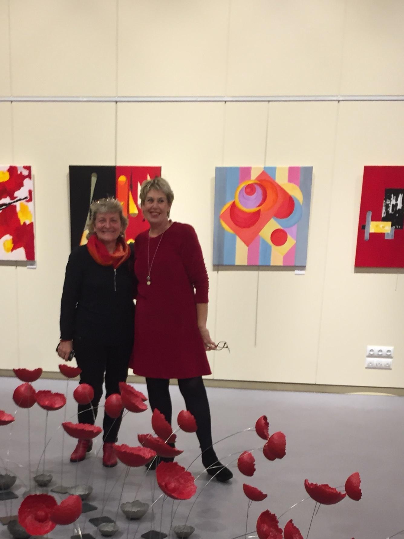 Deux artistes : une passion le rouge !